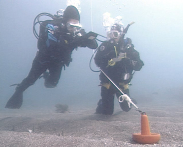 Underwater Search and Recovery - Circular Search Pattern